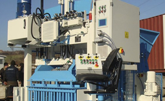 Mobile block production machines